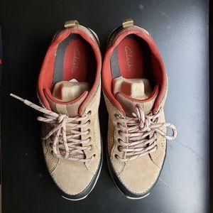 Clark's Sneakers size 7.5